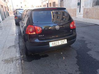 Volkswagen Golf V NACIONAL