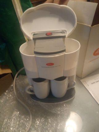 Cafetera Altic sin estrenar con 2 tazas