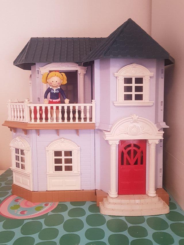 casa imaginarium amanda y todos sus muebles