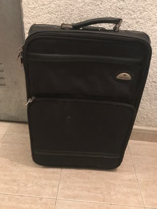 Samsonite Hand Luggage case
