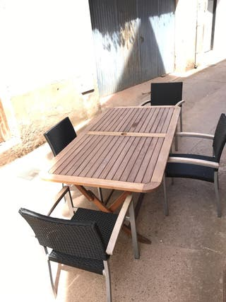 Pack mesa de exterior + 4 sillas