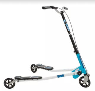 2 patinetes de 3 ruedas