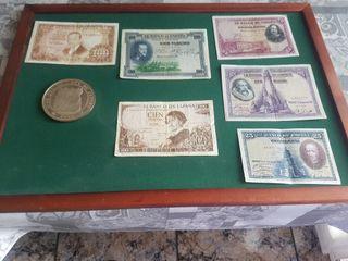expositor cuadro de tela de billetes monedas