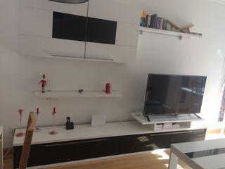 Salón completo con sofá