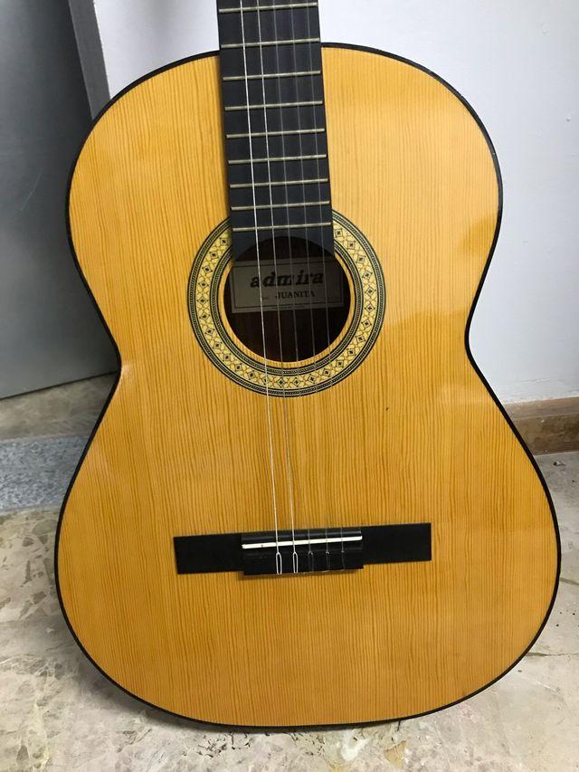 Guitarra admira juanita de segunda mano por 60 en - Ropa segunda mano cordoba ...