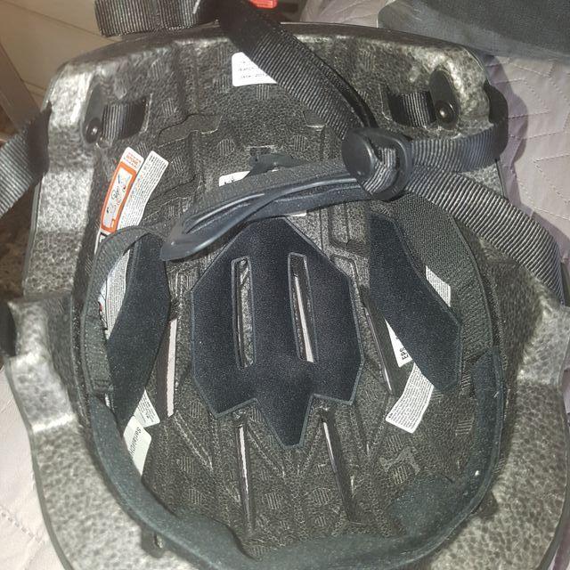 casco para skate o patinaje