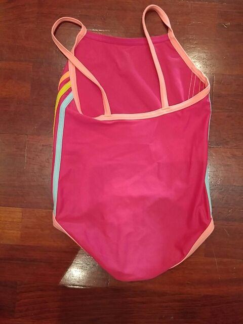 415dd11a57aa Bañador natación niña Adidas de segunda mano por 6 € en Ametzola en ...