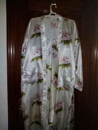 camisón y bata de seda