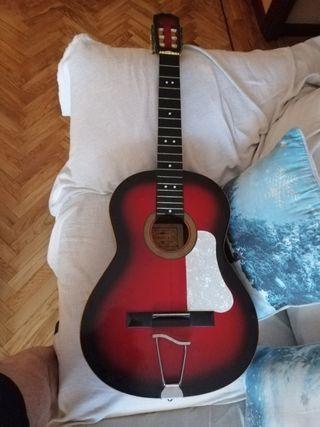Guitarra acústica Alhambra