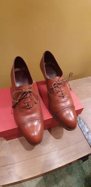 Zapatos de señora de Carmina Shoemaker de segunda mano por
