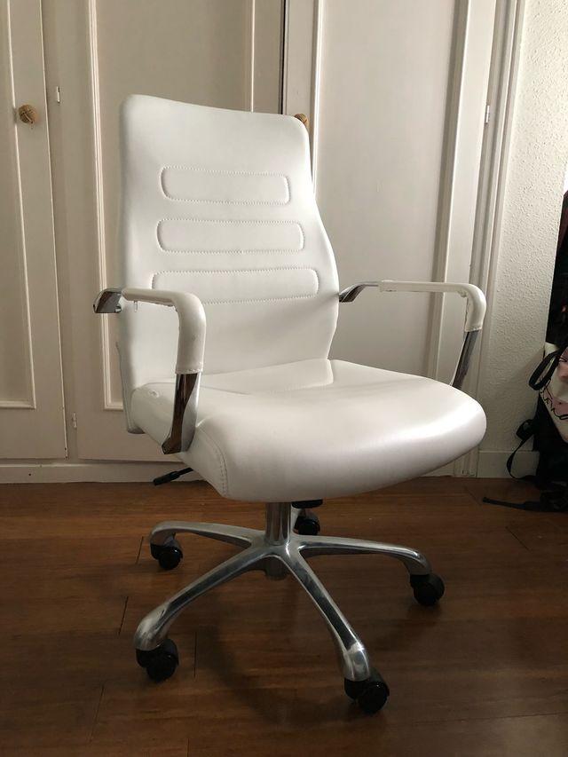Silla de estudio oficina cuero blanca