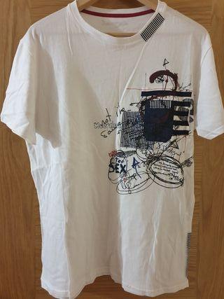 Camiseta Desigual Talla XL. Nueva