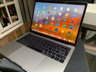 "MacBook Pro 13"" Applecare 256 Gb 8 Gb ram"