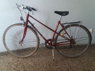 bicicleta antigua (restaurada)
