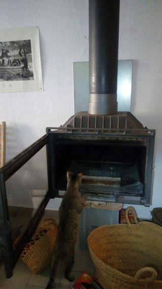 estufa leña llenya ferro colat hierro fundido