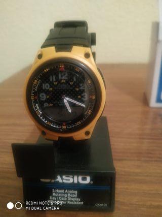 Reloj Casio mod 2747
