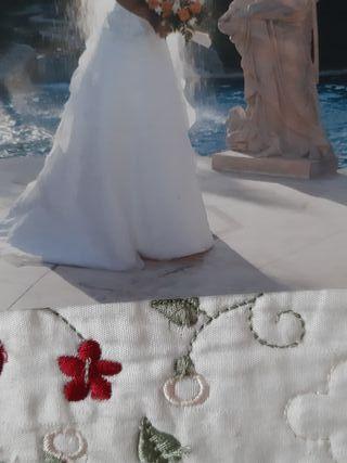 vestido de novias ,con accesorios y zapatos 39