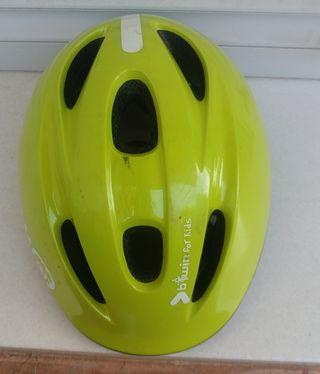 casco niñ bicicleta