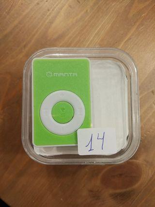 MP3 pequeño verde