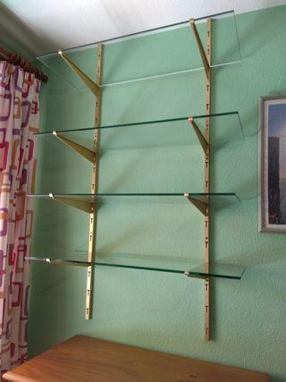 Estantería de metal y cristal para pared