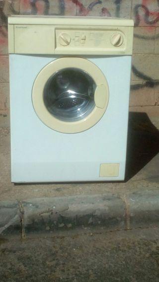 lavadora impecable