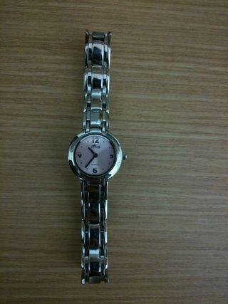 Dos relojes de mujer