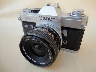 Cámara réflex CANON FT + objetivo CANON FD de 35mm