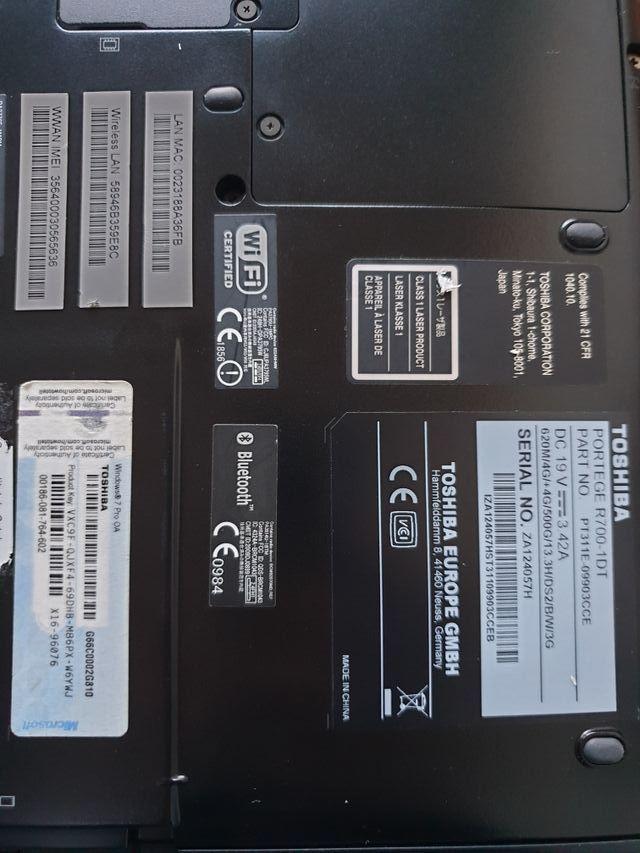 Toshiba R700