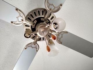 NEGOCIABLE:Ventilador techo 3 focos-3 velocidades