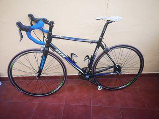 Bicicleta de carretera carbono bh