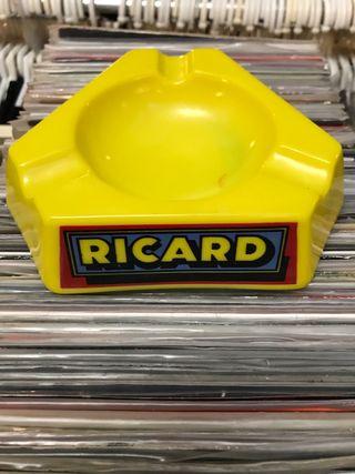 Cenicero vintage Ricard