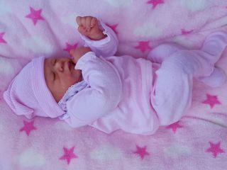 bebe reborn de silicona (cuddle)