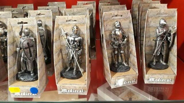 Soldados metal