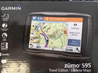 Navegador Garmin Zumo 595