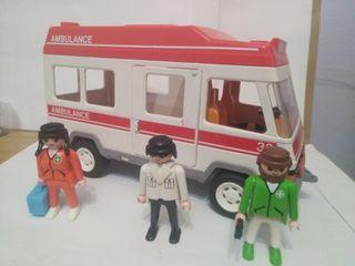 Playmobil ambulancia antigua