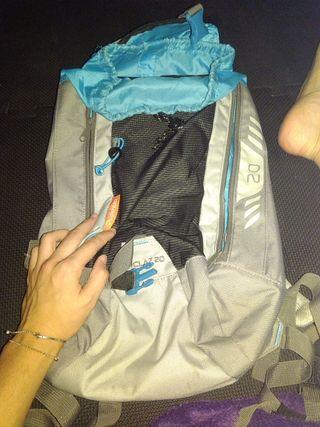 mochila quechua 20 litros 15 euros