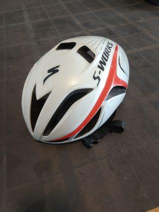 casco specialized evade
