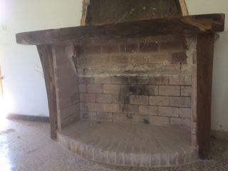 Repisa chimenea de madera de olivo