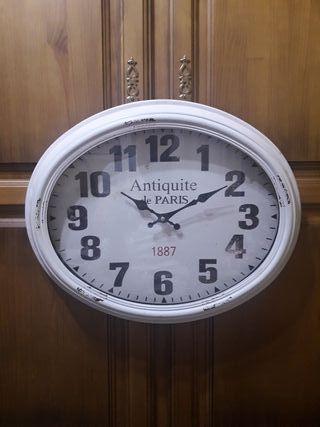 Reloj de pared vintage blanco (nuevo)