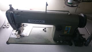 Máquina de coser profesional Daewoo DLS 600