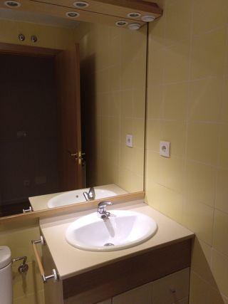 Mueble baño,con lavabo y espejo