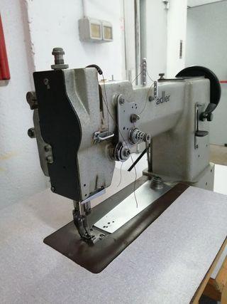 Máquina coser triple arrastre