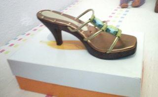zapatos semi nuevos de la firma Magrit 38