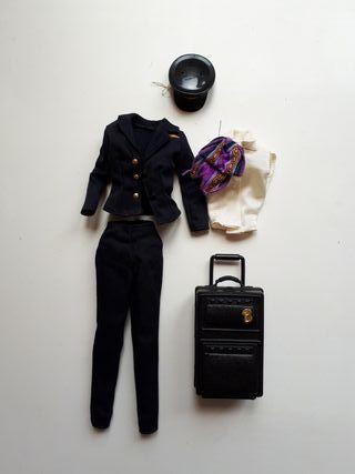 Ropa y complementos Barbie piloto