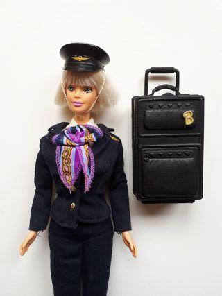 Muñeca Barbie piloto.