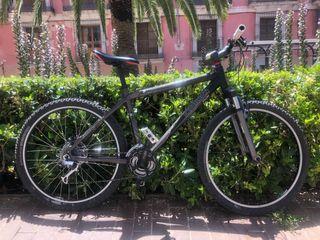 Bici Rockrider 8.1 aluminio freno disco MTB 26