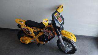 Moto Thunder Max VX 12 v. Injusa