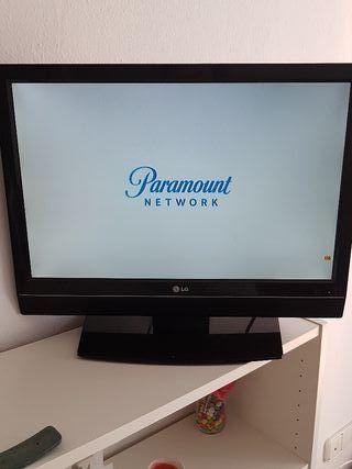 """Televisión LG 22"""" LCD + Mando original"""