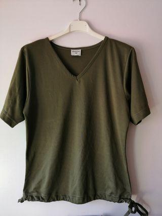 Camiseta verde. TL/XL