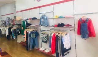 Mobiliario tienda ropa